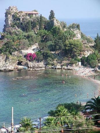 hotel-alberghi-villaggi-vicino-taormina