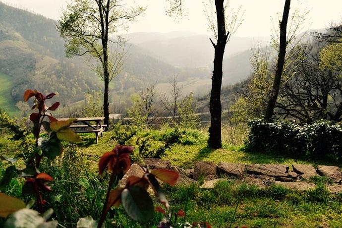 Villa Immersa nel verde per passeggiate ed escursioni