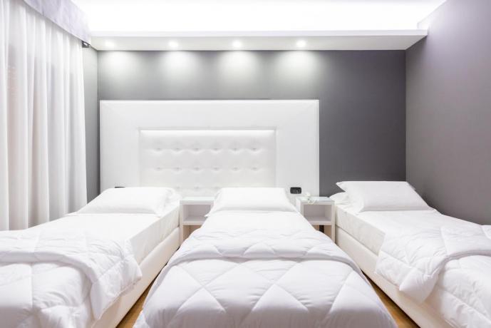Hotel4stelle camere con letti singoli telefono-diretto Casapulla