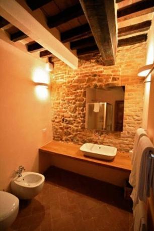 bagno privato della camera matrimoniale a certaldo