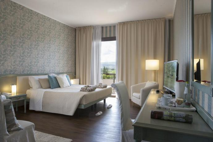 Junior suite dell'elegante hotel a Viterbo
