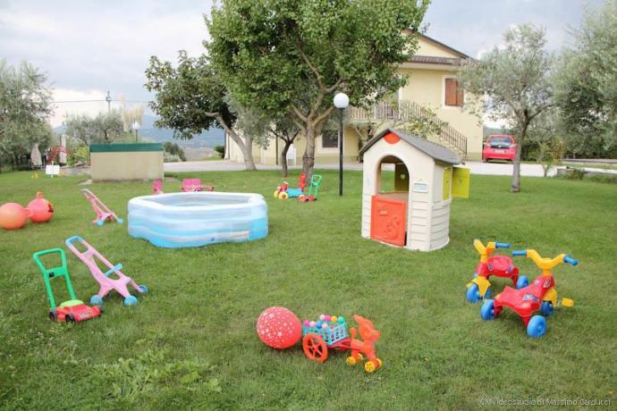 Casale e camere per famiglie con bambini