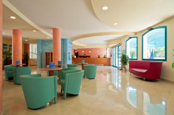 Hotel Residence con Animazione e Spiaggia Ugento