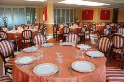 Ristorante raffinato, Hotel 3 stelle Cervino