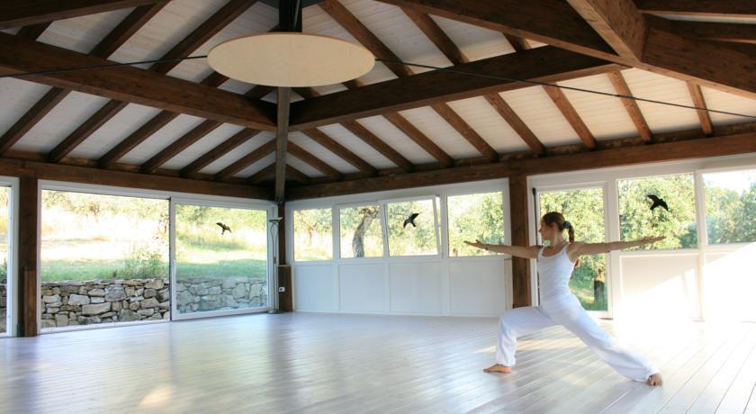 Salone per la pratica di yoga