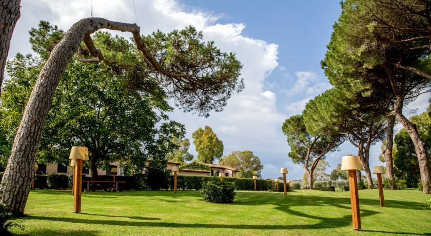 Giardino della romantic Resort di Bracciano
