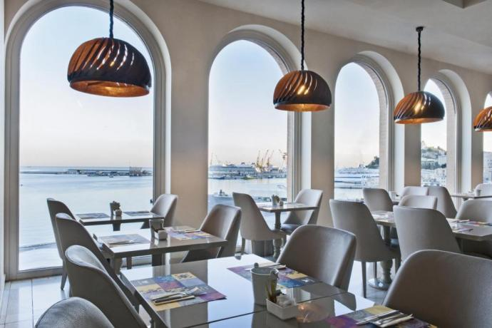 Hotel Ancona Porto e vicino Stazione Ferroviaria
