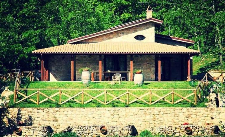 A San Lupo Casa Vacanze con giardino