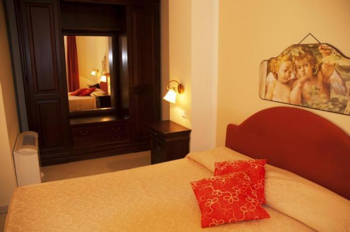 camera matrimoniale Hotel a san vito lo capo