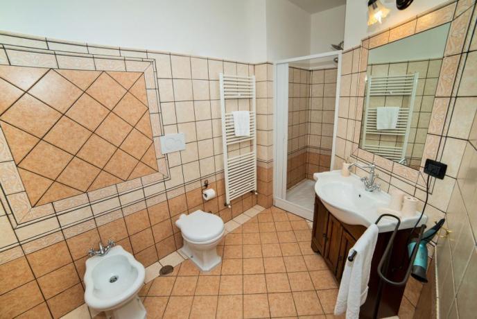 Appartamento Giallo 3 camere 2 bagni