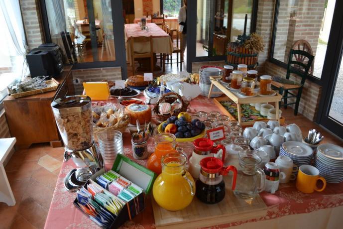 Colazione a Buffet prodotti tipici Agriturismo Umbria