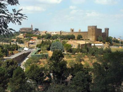 Fare visita a Montalcino