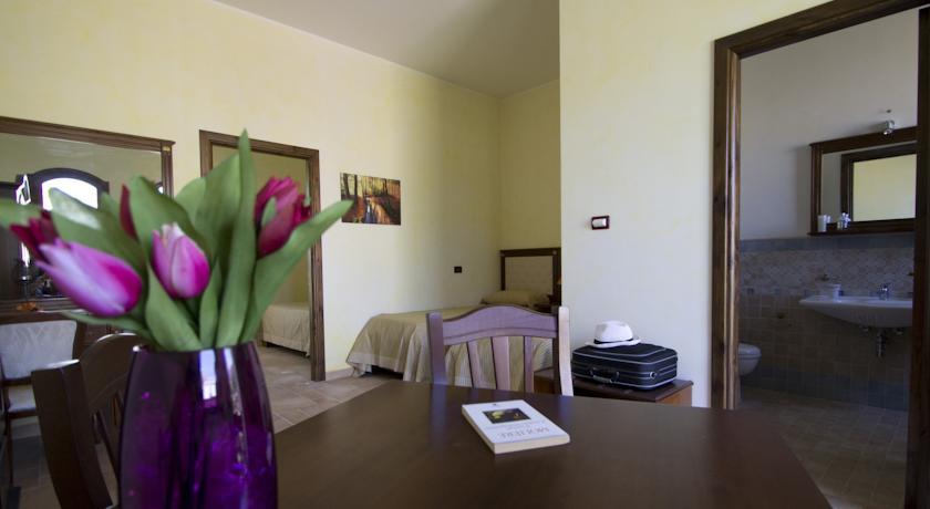 Camera con soggiorno e terzo letto masseria