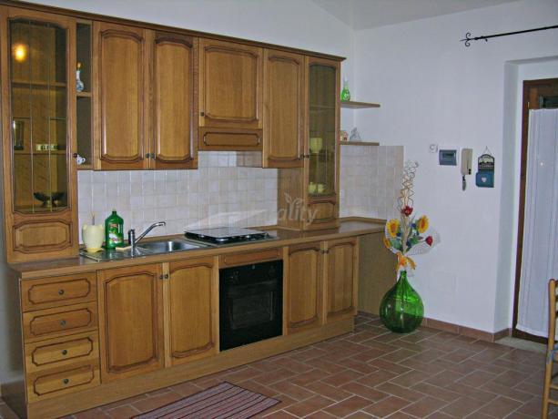 Villa in Umbria con piano cottura e salone