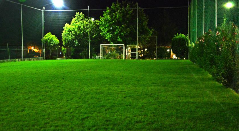 Hotel ad Assisi con Campo da Calcio