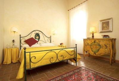 Double rooms, suites or apartments