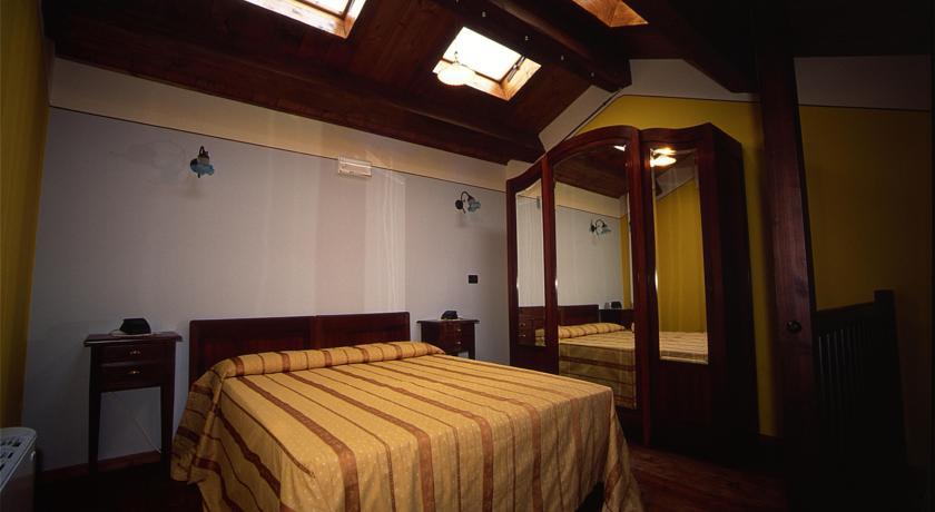 Camera Appartamento vicino Ancona