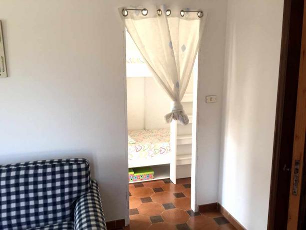 Salone con Camera Villa per Gruppi sul Gargano
