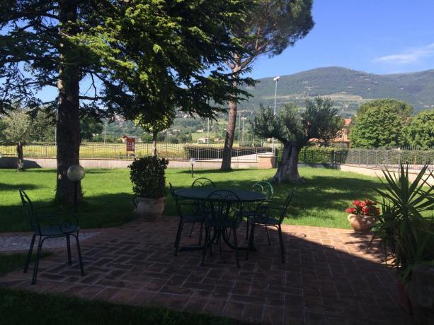 Residenza ad Assisi con ampia zona esterna