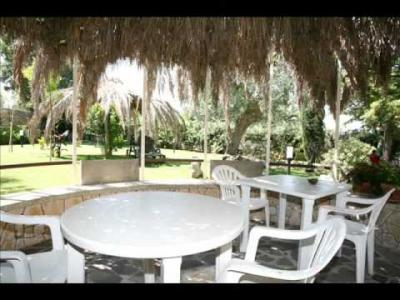Holiday Houses with private garden in Castellana