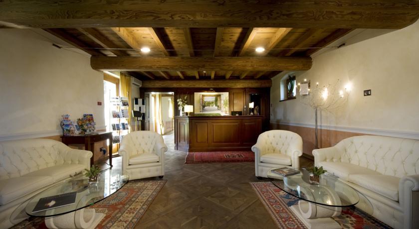 Elegante Relais con Suite e Centro Benessere