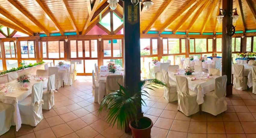 Sala Ristorante in Hotel3stelle Palinuro-Centola per Compleanni-Eventi