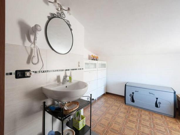 Bagno in comune n. 2 Bed-and-breakfast Appennino-Parmense Valtaro