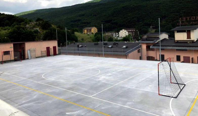 Campo Calcetto-Volley Hotel ritiri sportivi Campofelice Abruzzo