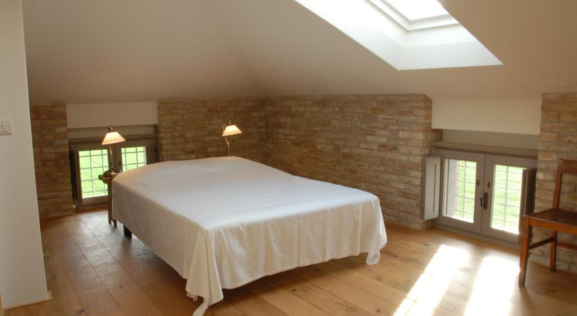 Suite in Stile Rustico in Casale Umbria