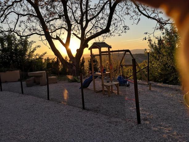 Parco Giochi per Bambini in Agriturismo Monte Subasio