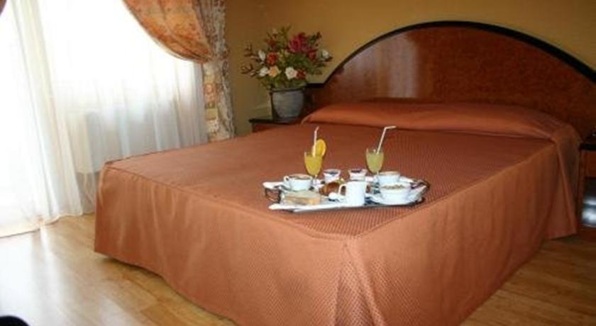 Camera matrimoniale SUPERIOR ad Anzio