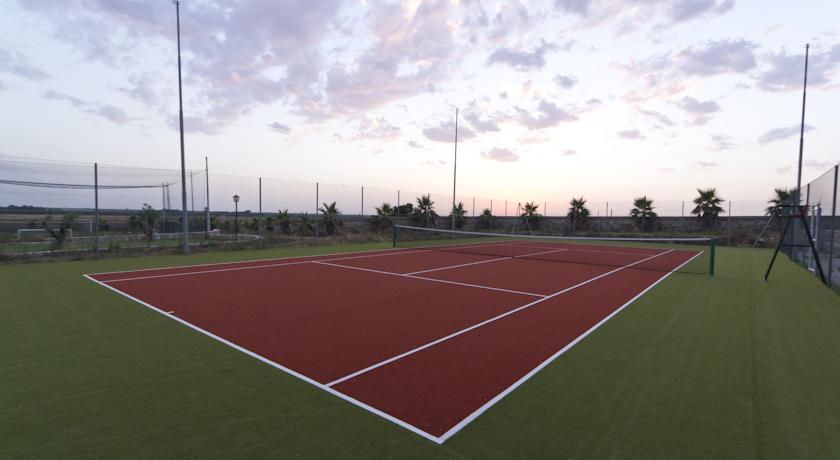 Campi da tennis in erba sintetica
