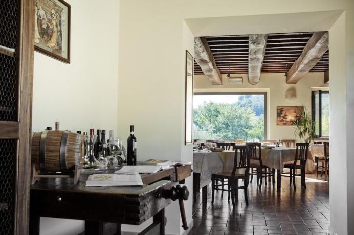 Country House con Sala Ristorante per cene romantiche