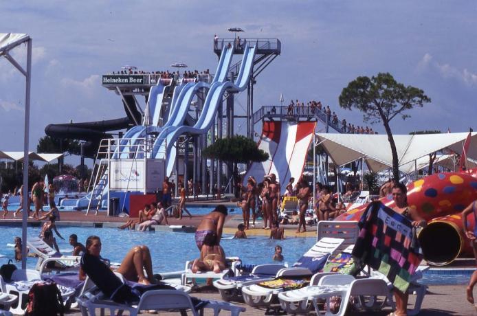 Appartamenti Lignano Sabbiadoro vicino parco acquatico Aquasplash
