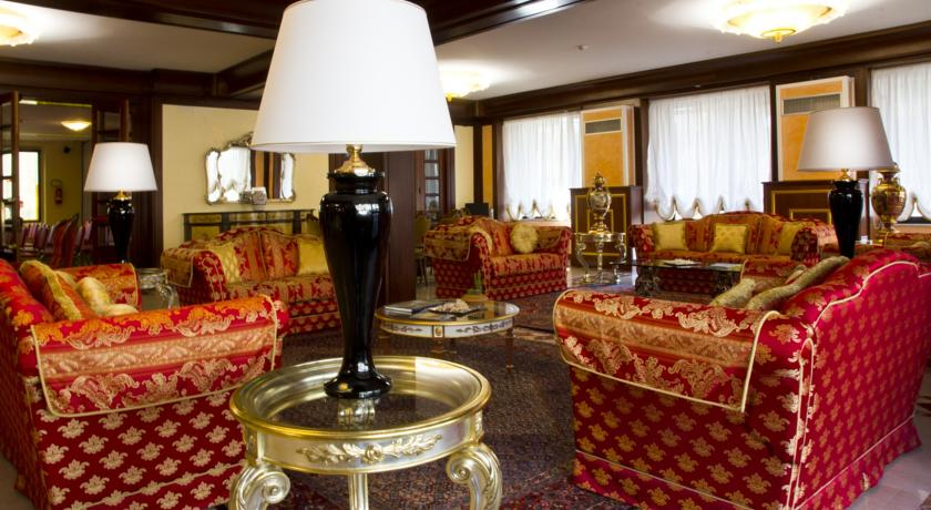 Grand Hotel a Chianciano Camere con Jacuzzi
