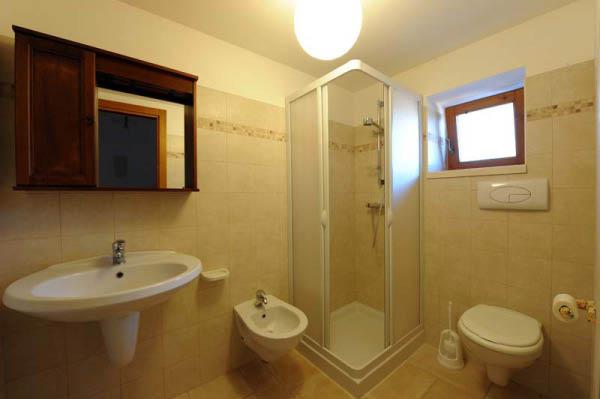 Trullo Nunnacola, bagno, agriturismo ad Alberobello