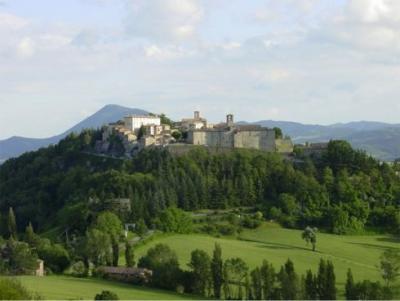 camere e appartamenti vicino Montone, Umbria