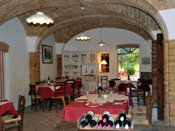 Agriturismo con Ristorante Cucina Tipica Umbra Umbertide