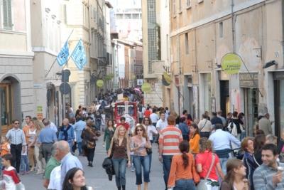Corso Cavour a Foligno durante i Primi d'Italia