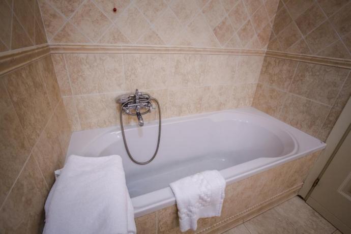 Vasca idromassaggio per soggiorni romantici a Perugia