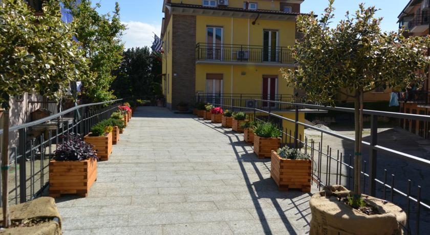 Camere prezzi Bassi vicino Centro Pavia