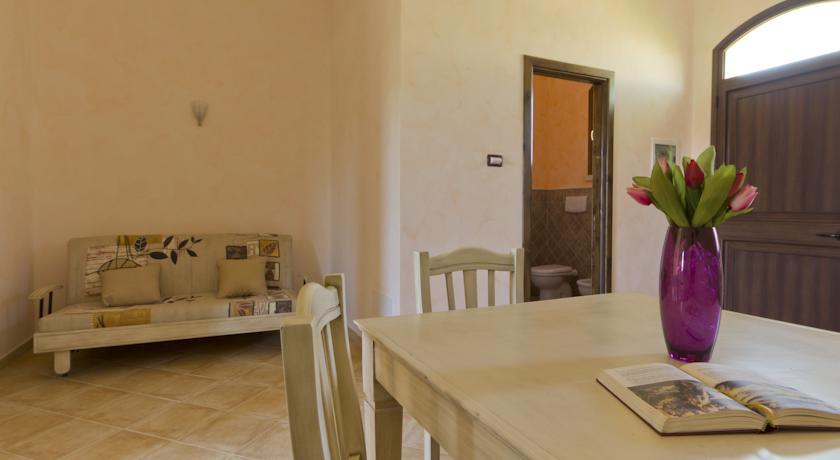 Spaziose camere con soggiorno masseria in salento
