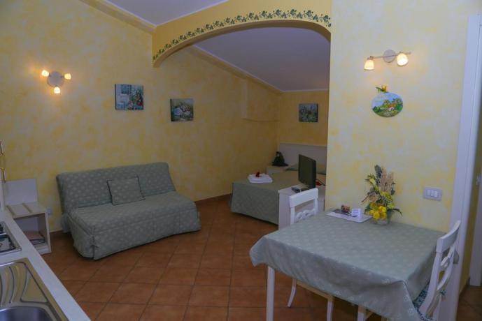 appartamenti con letto matrimoniale e divano letto ReggioEmilia