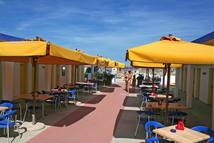Spiaggia privata ed attrezzata a Cervia
