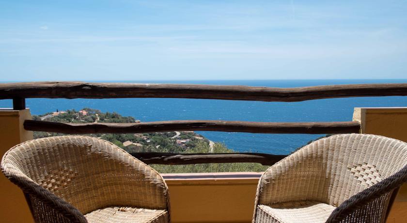 Residence in sardegna con Terrazza panoramica attrezzata
