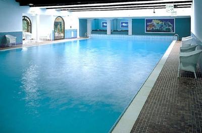 Hotel con piscina coperta a courmayeur b b hotel e - Hotel con piscina coperta ...