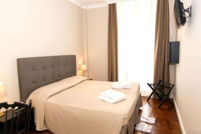 Camera matrimoniale in Hotel a Fiuggi con Tv