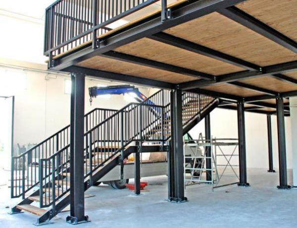 Scala Da Esterno In Legno : Soppalco prefabbricato acciaio e legno scale da interno ed esterno