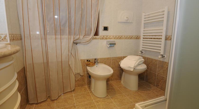 Hotel 4 stelle con sauna  Zoomarine