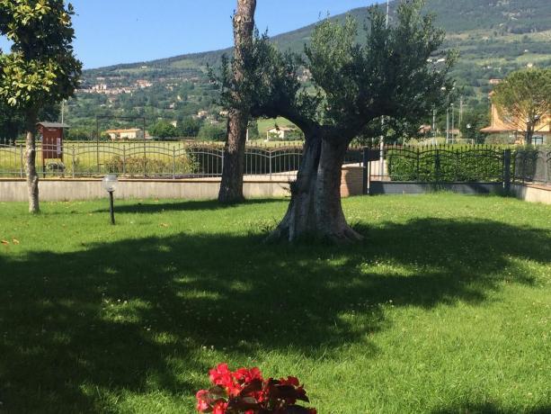 Residenza con giardino e vista panoramica su Assisi